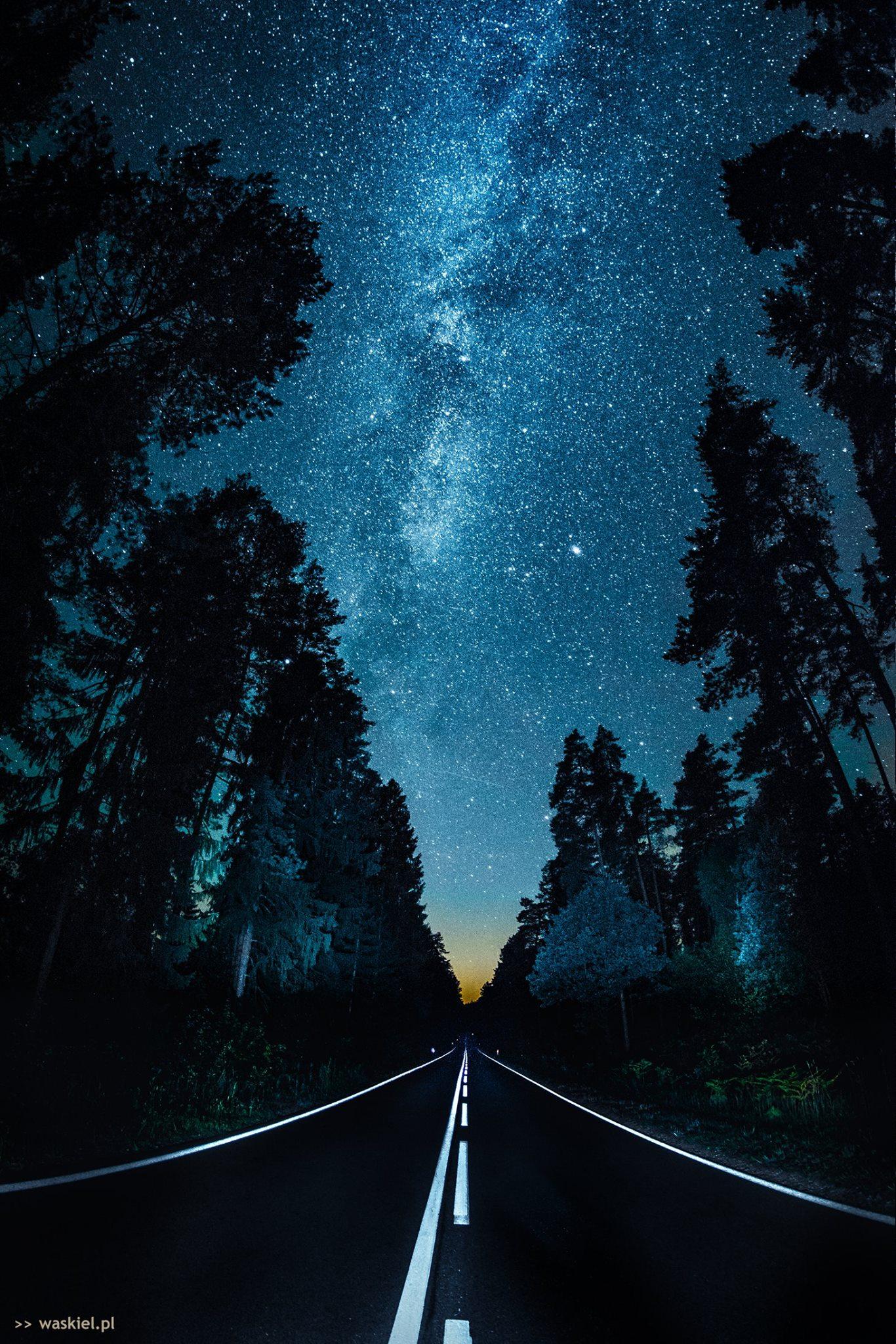 Fotografia prezentująca jak zrobić dobre zdjęcie w nocy.