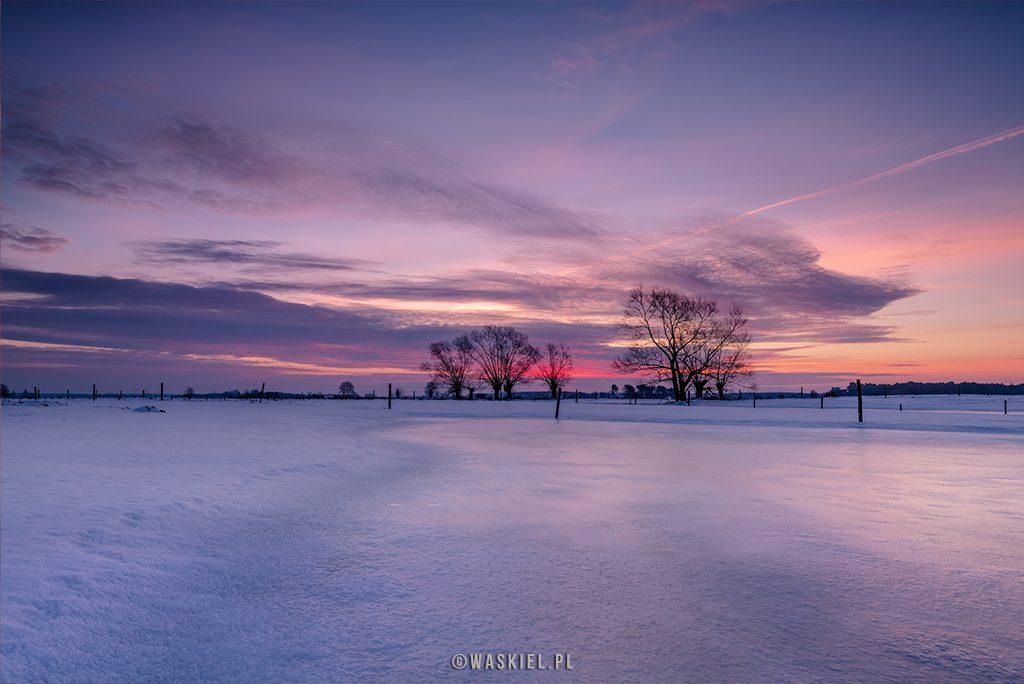 niebieska godzina w fotografii krajobrazu
