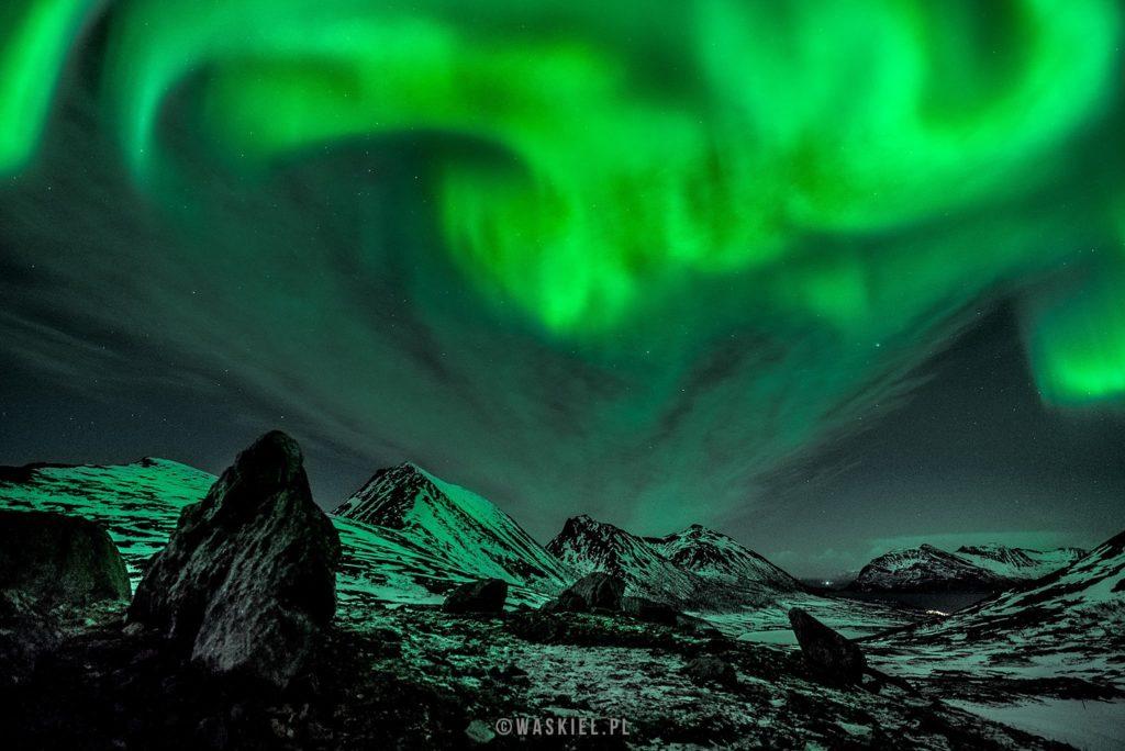 Przykład wykorzystania statywu fotograficznego do zdjęć nocnego nieba.