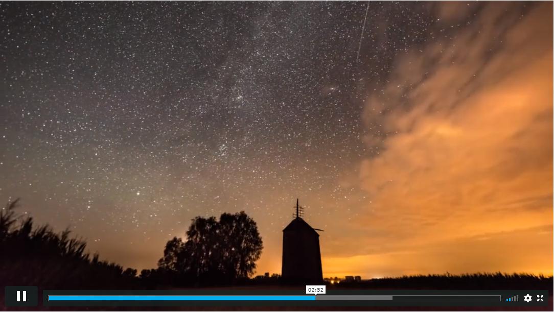 Obraz przedstawiający zrzut ekranu z kursu fotografii online dla początkujących.