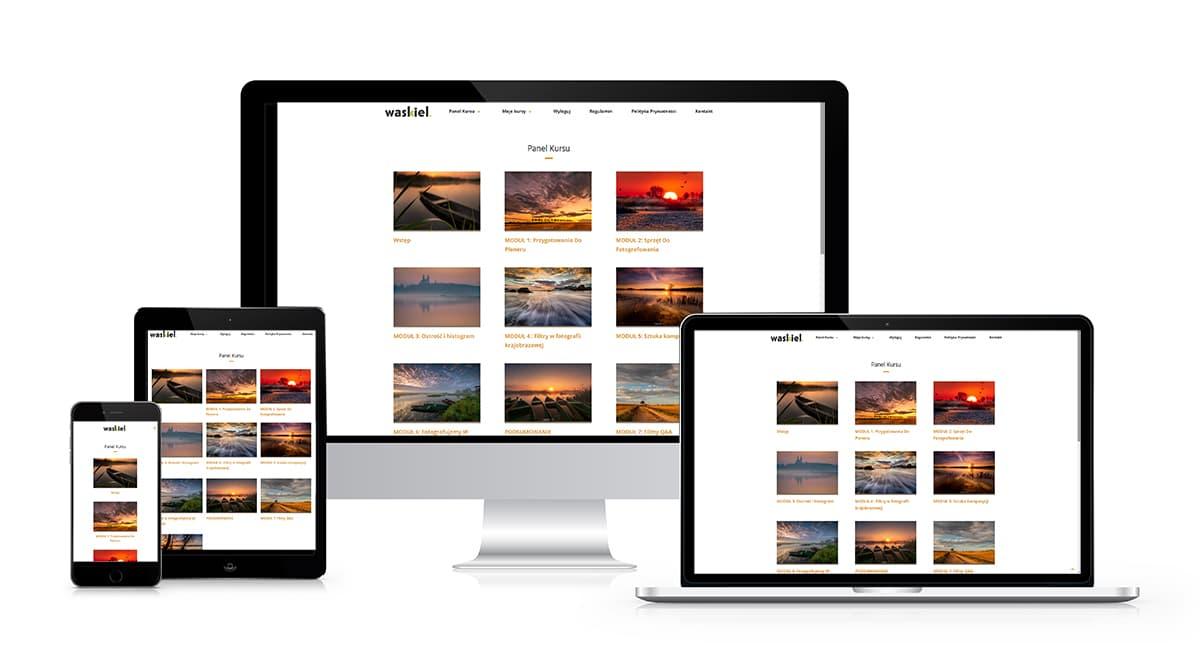 Obraz przedstawiający kurs fotografii online na tablecie, laptopie i komputerze.